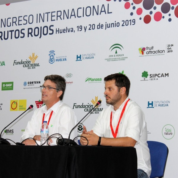 Seipasa and SP at the Congress of Red Fruits in Huelva